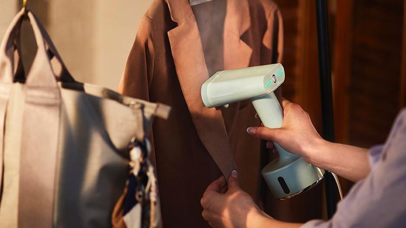 日本BRUNO手持蒸氣掛燙機